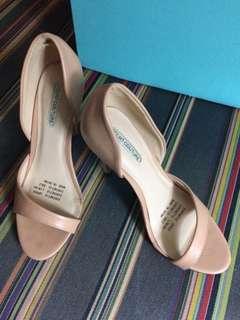 "NEW ""Court Couture"" Stilettos 6"