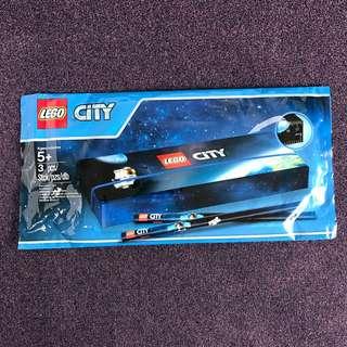 BNIP Lego City Stationery Set