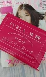 More雜誌送FURLA化妝袋