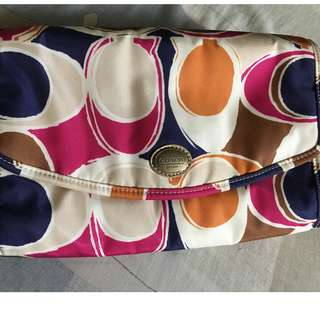 COACH TOILETRY POUCH