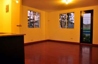 RFO Condo Unit 30Sqm End Unit With Balcony