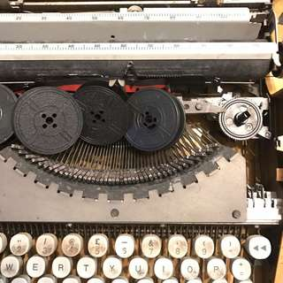 Ink ribbon typewriter cartridge spool typewritter writer writter type