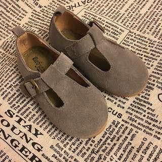 babyzzam 灰色  童鞋 全新 14cm   *700元