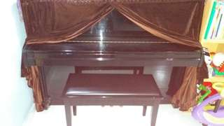Roster piano