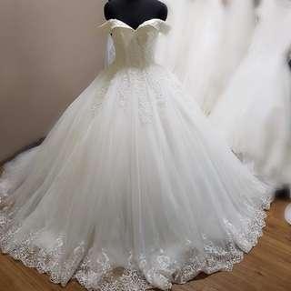 INSTOCK - BRAND NEW BALL GOWN WEDDING DRESS