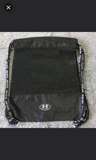 (FREE 送)under armour ua bag , like最近20個post,留言liked ,勿pm 2018/5/10截止,隨機送岀,like my 20 poat random shipping out