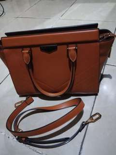 Charles and keith ori preloved