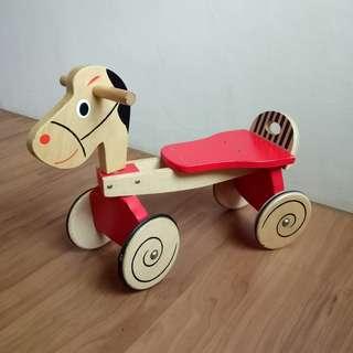 木質滑步小馬