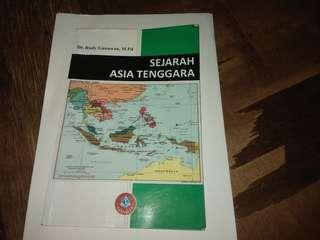 Buku Sejarah Asia Tenggara