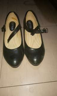 Otto Black Shoes
