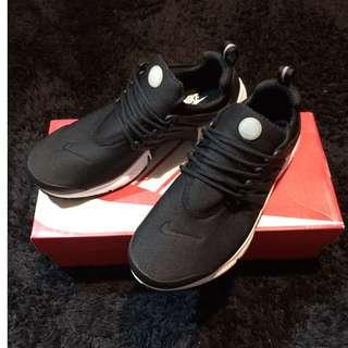 Nike presto 魚骨鞋