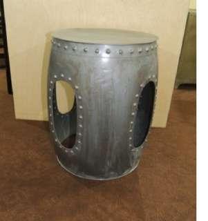 [Ready Stock] Vintage Finish: Iron round stool