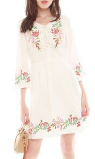ACW Spring Embroidery Lace Tie Dress
