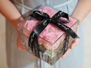 9 Stalks of Pink Roses