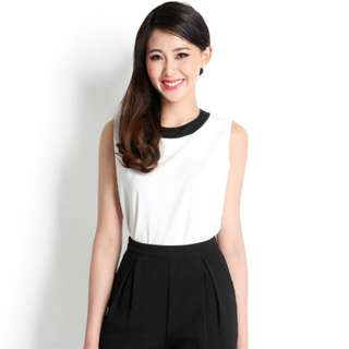 Brand New Lily Pirates Captivating Audience Top In White office wear