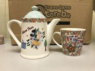 Mickey Mouse tea set