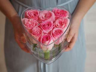 9 stalk pink roses [Heart Shape]