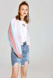 🚚 OshareGirl 04 歐美女士彩虹條紋設計棒球外套夾克