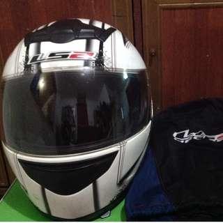 LS2 Full-face Helmet
