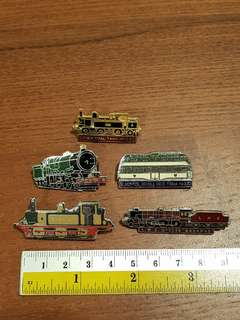 5 very nice vintage UK trains and buses badges