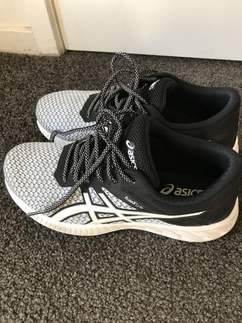 ASICS gym shoes size 7