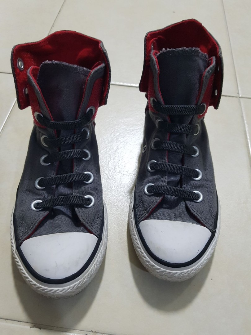 Children's Unisex Shoes Converse Kids Shoes Size Uk13.5 Buy One Get One Free