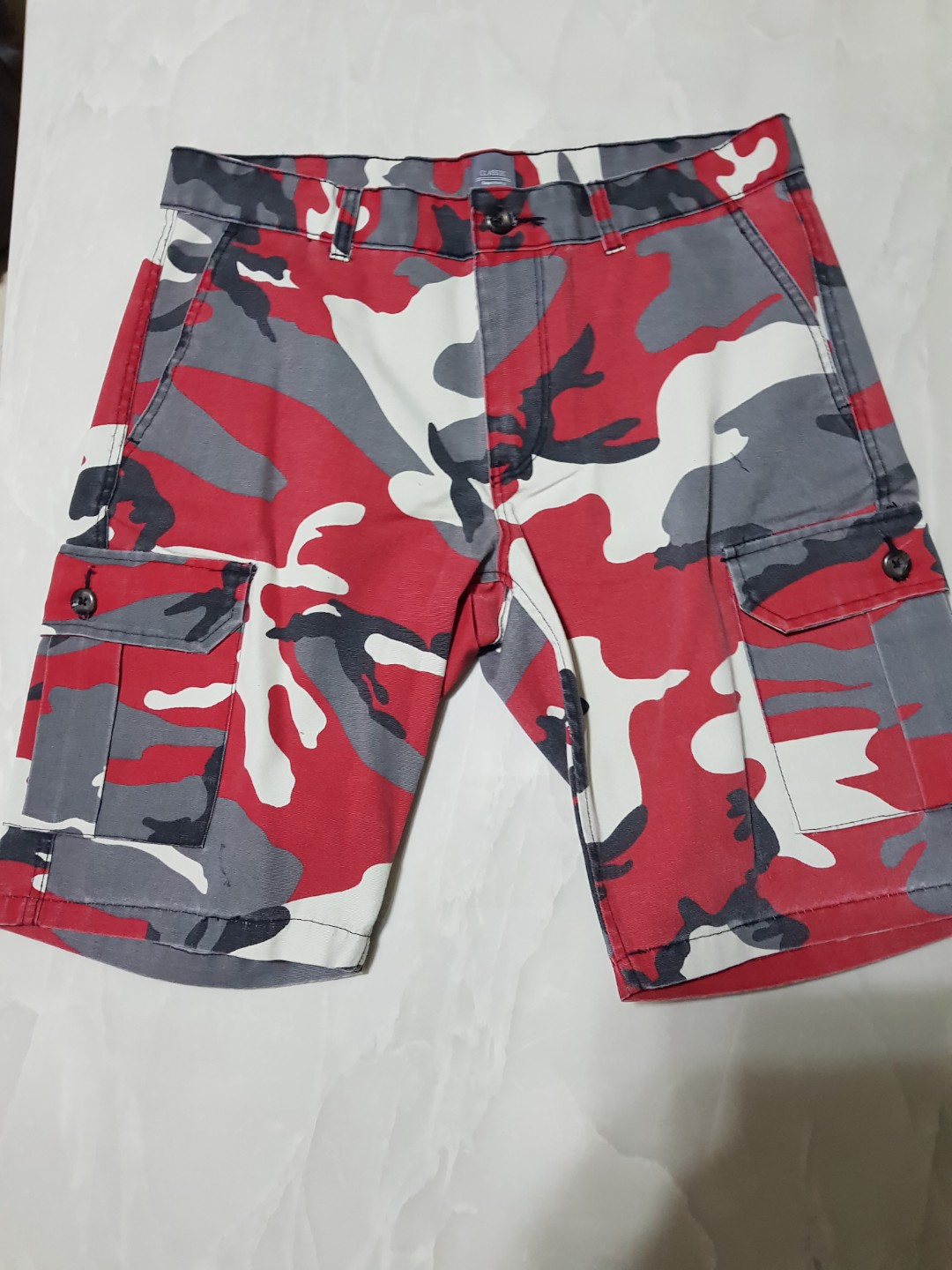 c9b884cea8 GAP Camo Cargo Shorts, Men's Fashion, Clothes on Carousell
