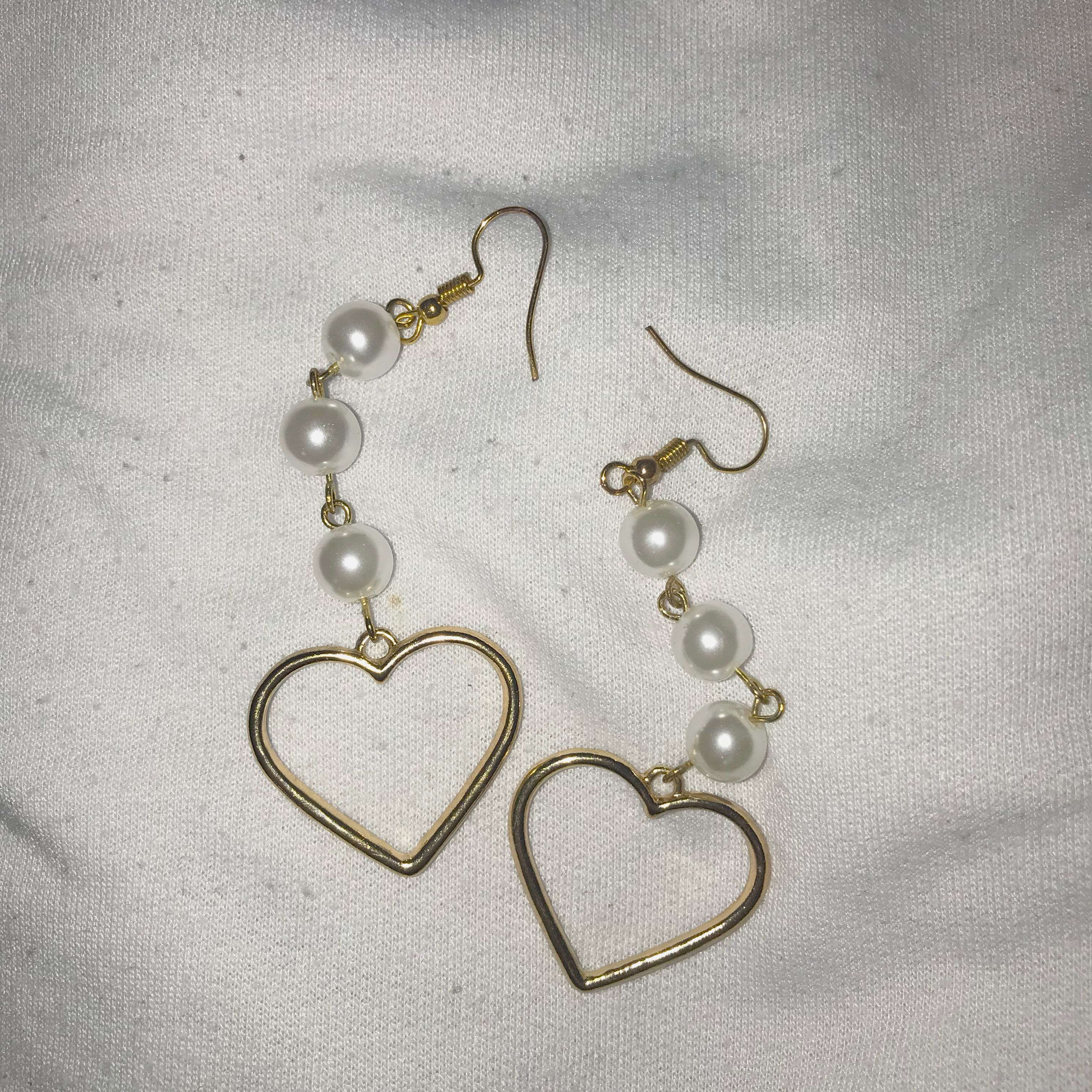 Heart/Pearl Earrings