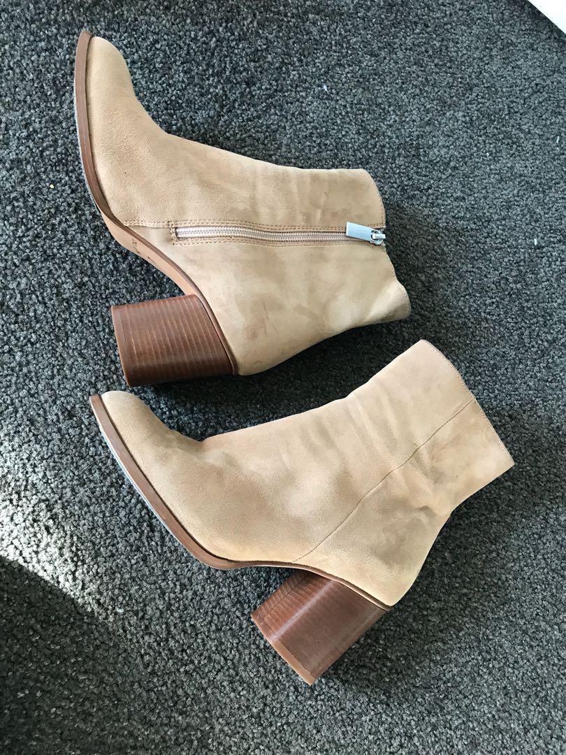 Mi piaci Garda ankle boots size EU37
