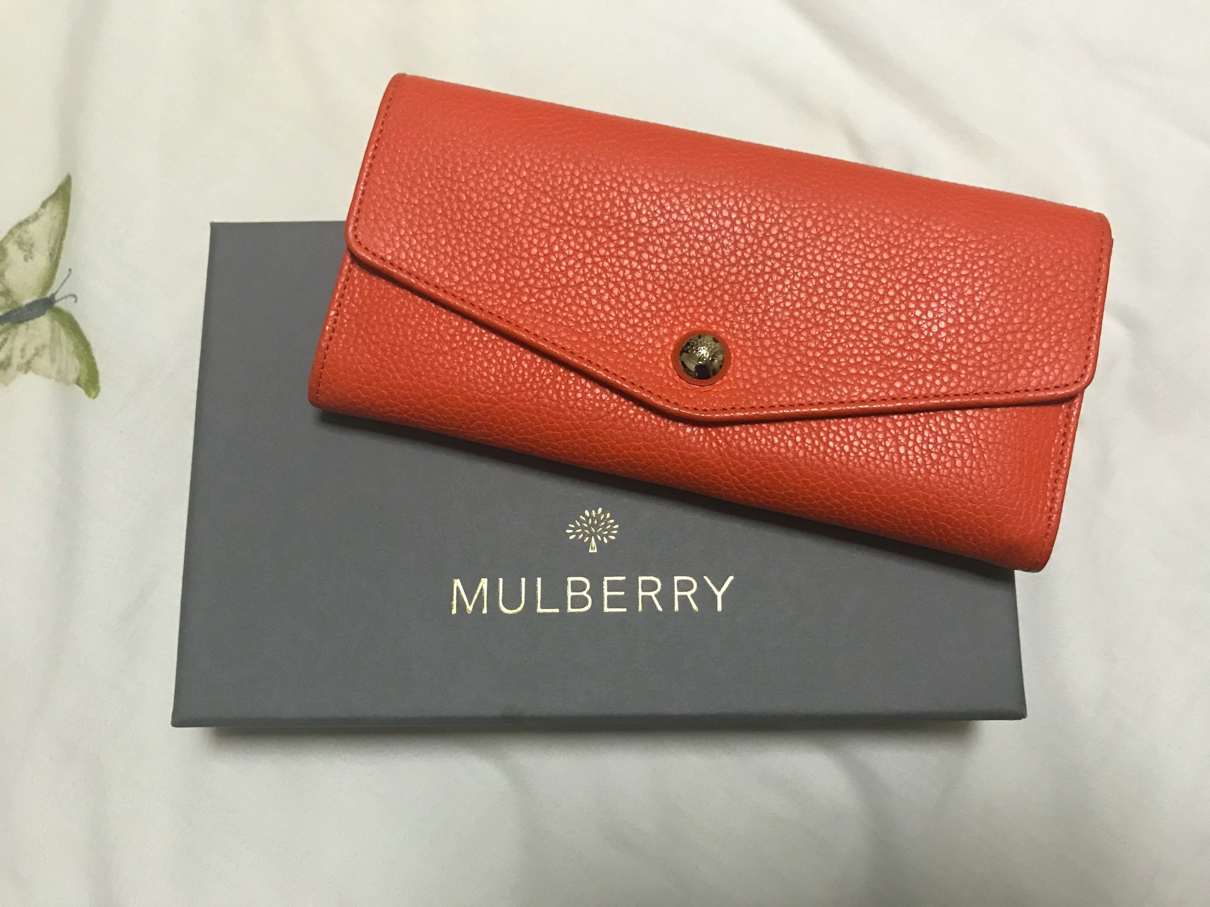 Mint Condition Mulberry Wallet, Women s Fashion, Bags   Wallets on Carousell 156321ec69