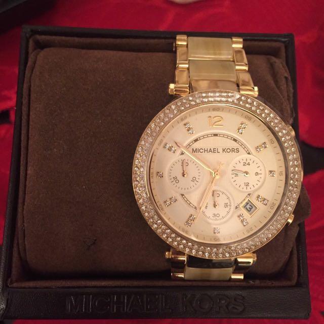 ab3072304ff77 Mk watch from dubai 100% legit( you can check in mk shop)