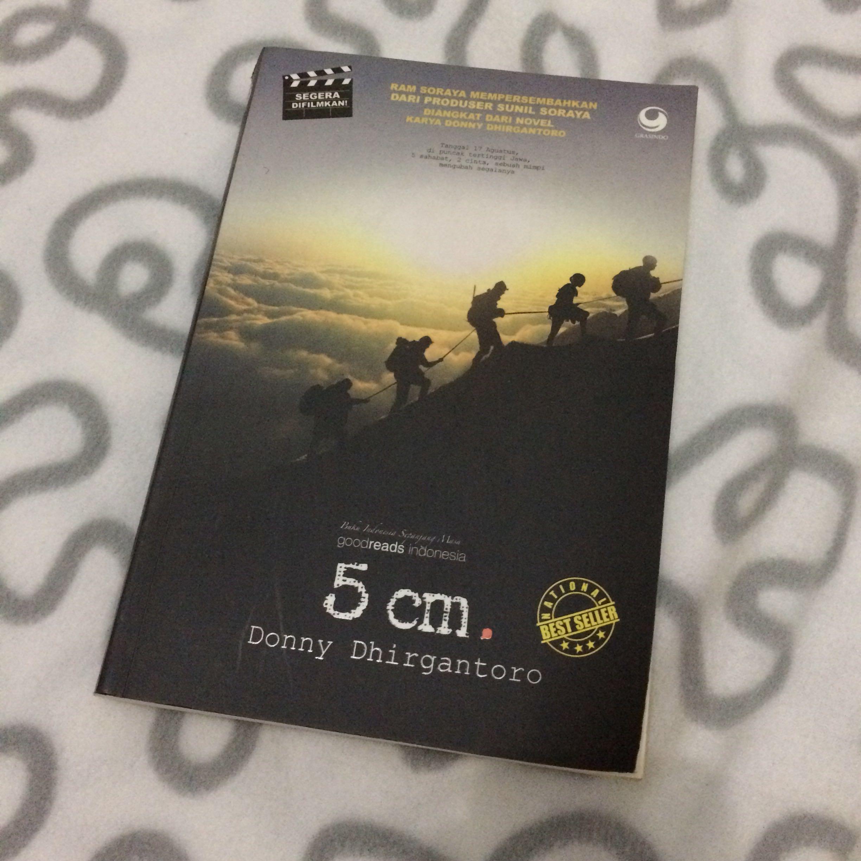 Novel 5cm karya donny dhirgantoro books stationery books on carousell