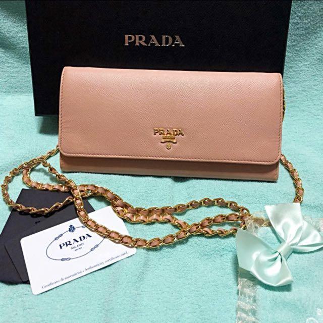 f135edf6ffd8 Prada Saffiano Wallet On Chain Clutch Bag / Wallet - woc, Luxury ...