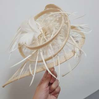 Dramatic Feather Hair Band