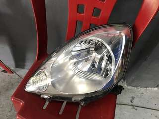 Head Lamp viva left
