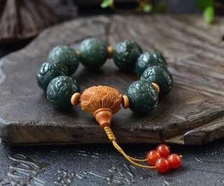 [hetian jade return bead string]
