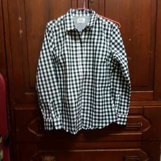 黑白格子襯衫