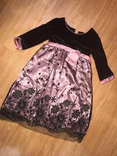 🚚 上半身黑絨裙襬粉色蕾絲 童裝禮服