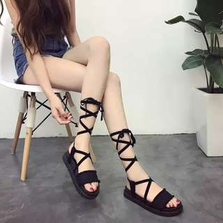 Rm28😇 Fashion Cross peep-toe sexy boots lady summer flat sandals Korean Latest Stylish