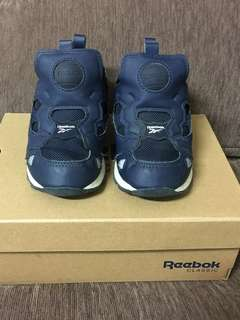 Reebok Versa Pump Fury Syn  男童鞋 2手名牌童鞋