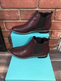 circus size 6 boot