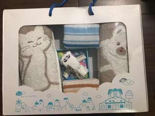 🚚 蛋糕毛巾(飛向幸福大男孩禮盒)