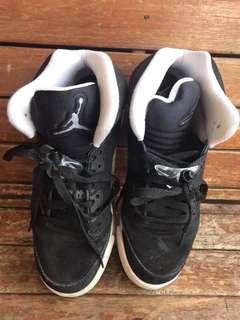 Jordan 4 and Jordan 5