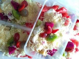 Salad buah cream full keju