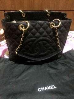 Chanel bag black caviar