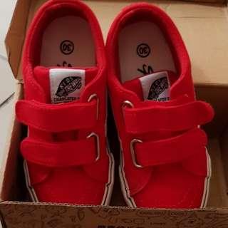 微瑕疵童鞋30碼