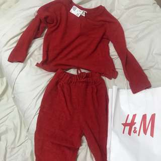 H&Ms red crop top with pants