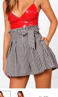 New Boohoo Gingham high waisted shorts
