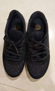 River island glimmer black sneakers, very good condition