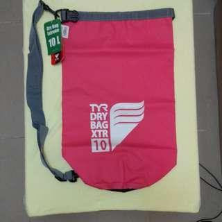TYR Waterproof Dry Tube Bag 10 Lt 厚身筒形防水袋10公升
